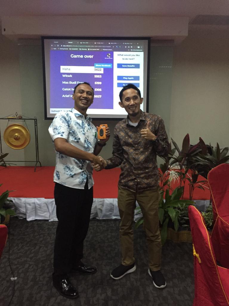 Lokakarya Pengembangan KontenJejak Dunia Untuk Sekolah Indonesia Den Haag